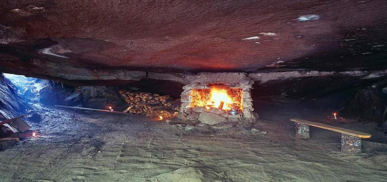 native stone shelter  (photo © Hardie Trusdale)